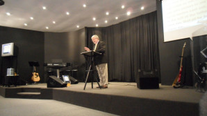 Richard Winter preaching at Legana Christian Church