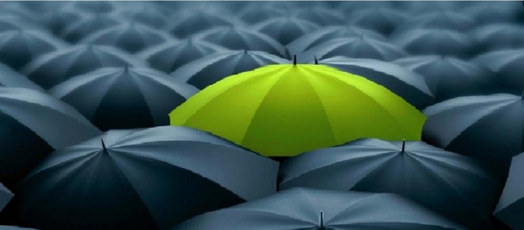 Umbrella-in-the-crowd2