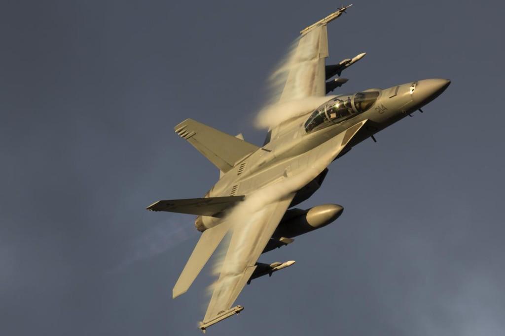 FA18-fighter-jet