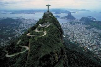 Christ-the-Redeemer4-over-Rio_de_Janeiro